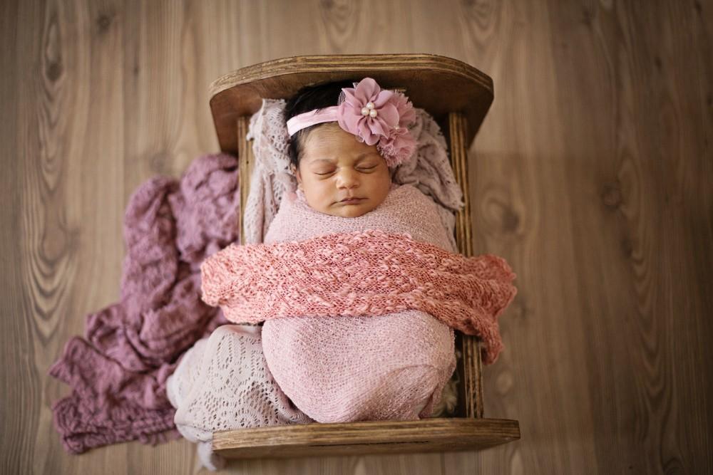 Liya - Newborn shoot -10